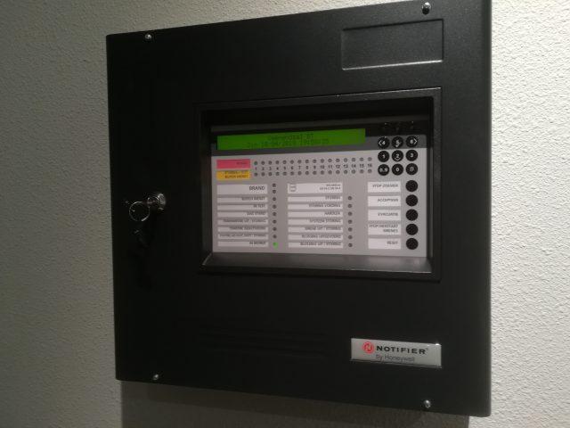 Notifier NF50 brandmeldcentrale